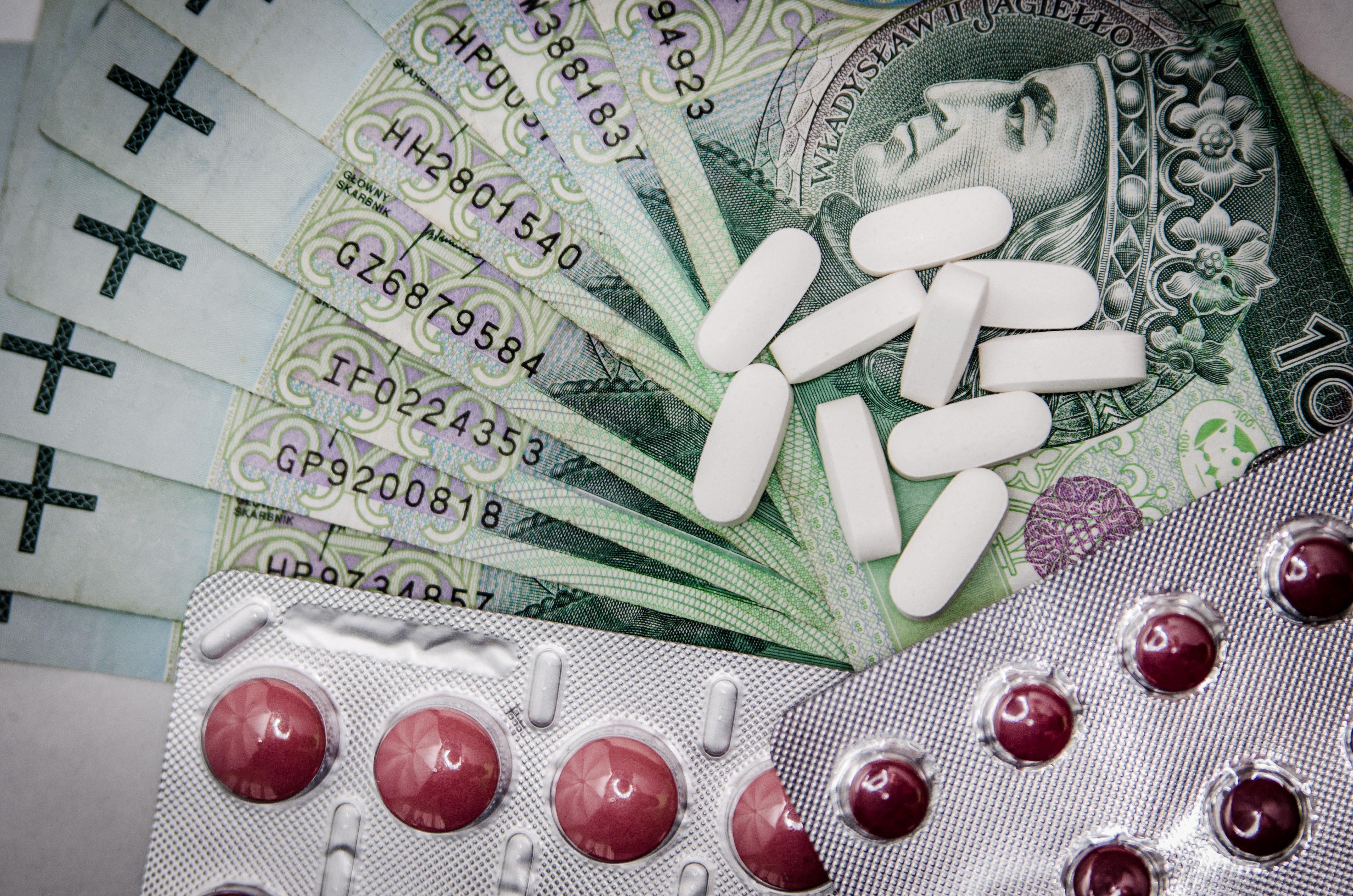 Symposium vraagt aandacht voor ontsporende geneesmiddelenprijzen en hoge medische noden